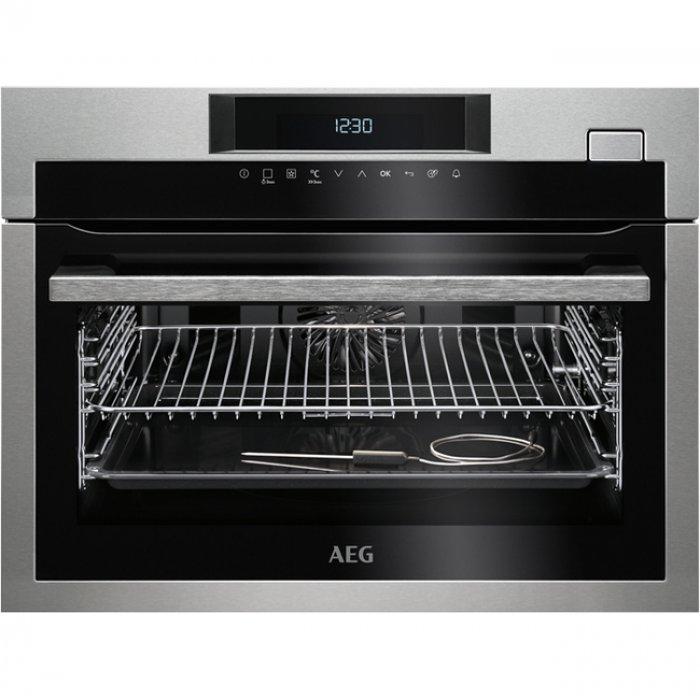 AEG KSE 782220 M beépíthető kompakt gőzsütő + ajándék szakácskönyv (KSE782220M)